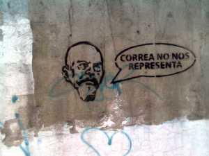 """""""Correa no nos representa"""""""